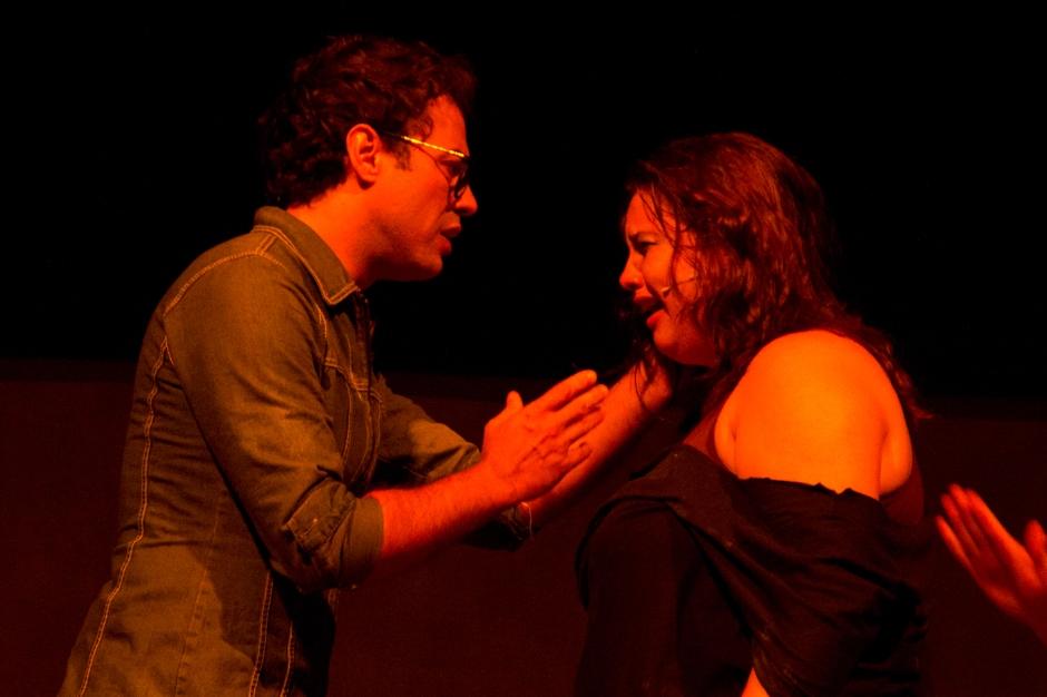 Juliana Parize e Vladimir Camargo. Foto de Katia Manfredi.